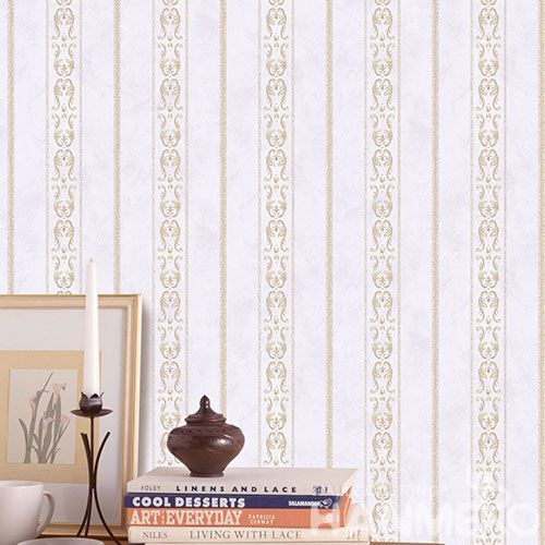 HANMERO Modern European Stripes Design Non-woven Wallpaper 0.53 * 10M for Room Decoration from China Factory Wallcovering Supplier